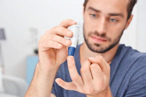 ¿Cómo disminuir los niveles de azúcar en sangre durante una emergencia?